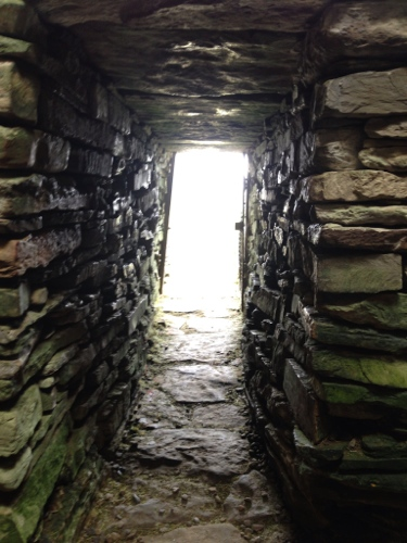 Inside the Unstan Cairn 3
