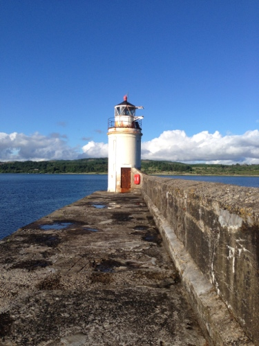 Ardrishaig pier and lighthouse