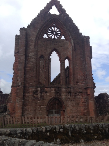 Sweetheart Abbey 1