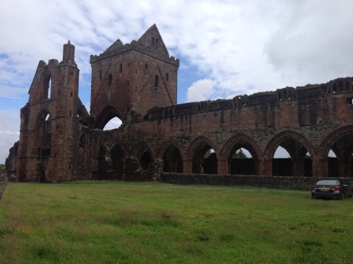 Sweetheart Abbey 3