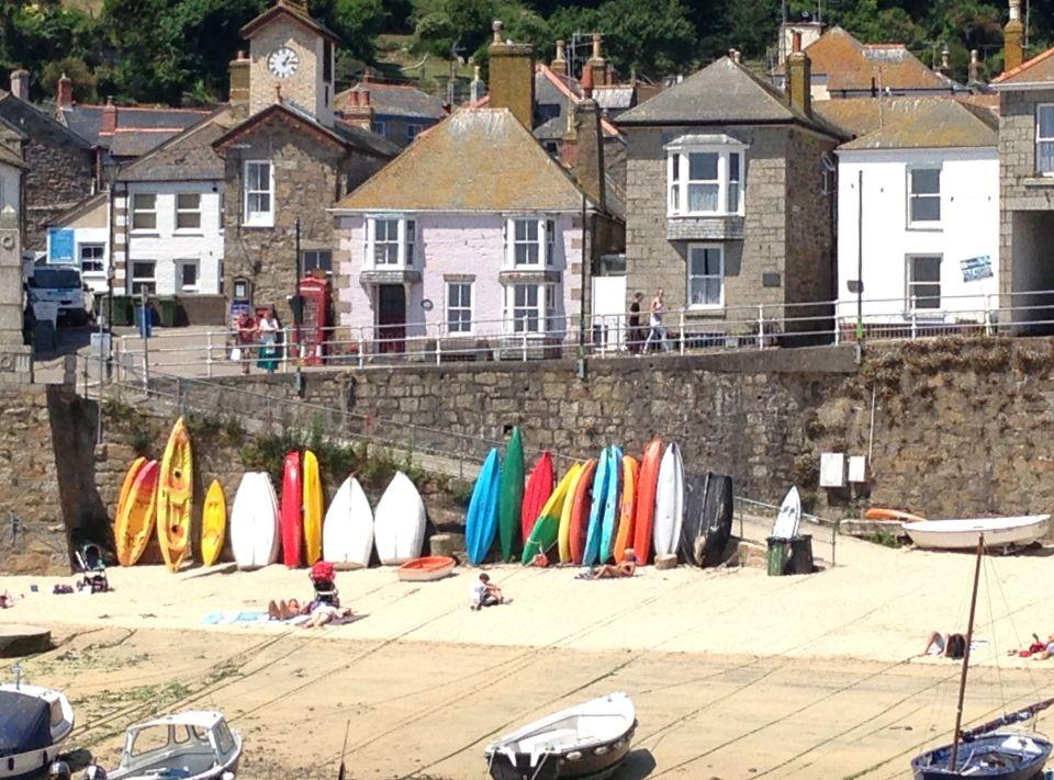 Mousehole - colourful boats
