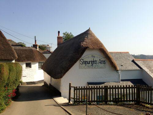 Helford Village Pub