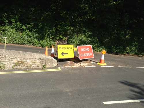 B3253 closed - not a sign you want to see on a cycle tour