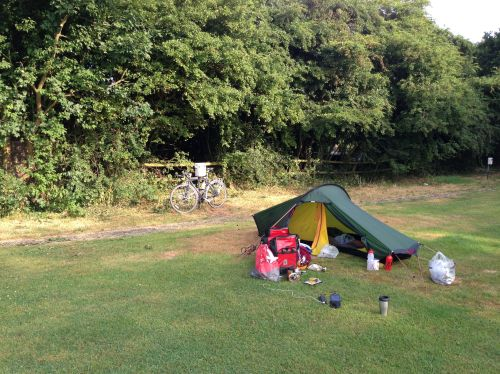 Morning at Wyburns Farm campsite