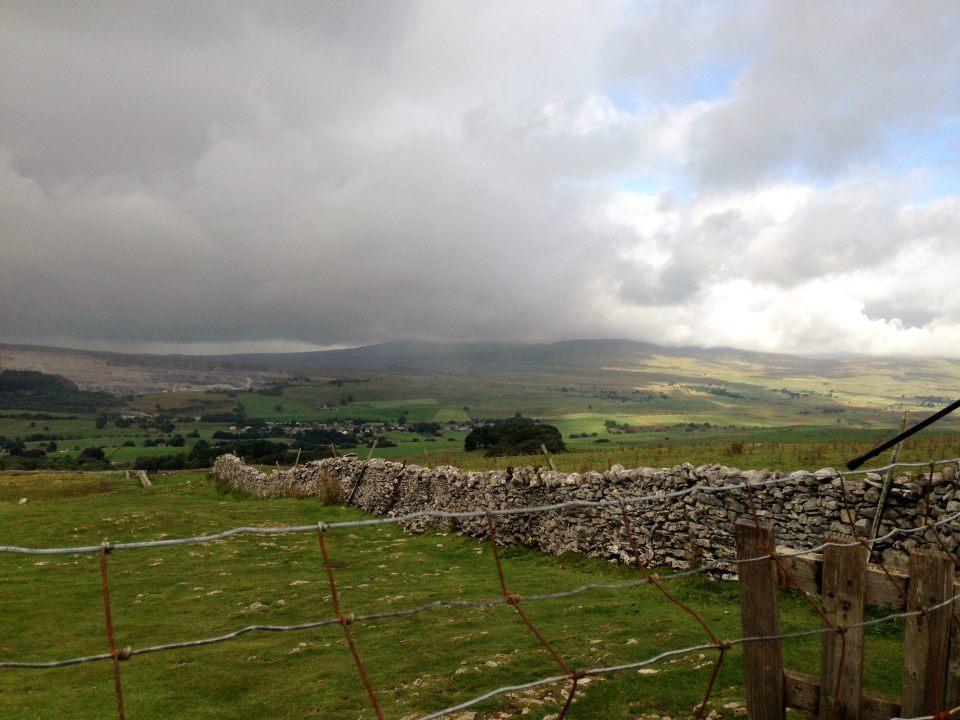 Pen y Ghent - clouds building