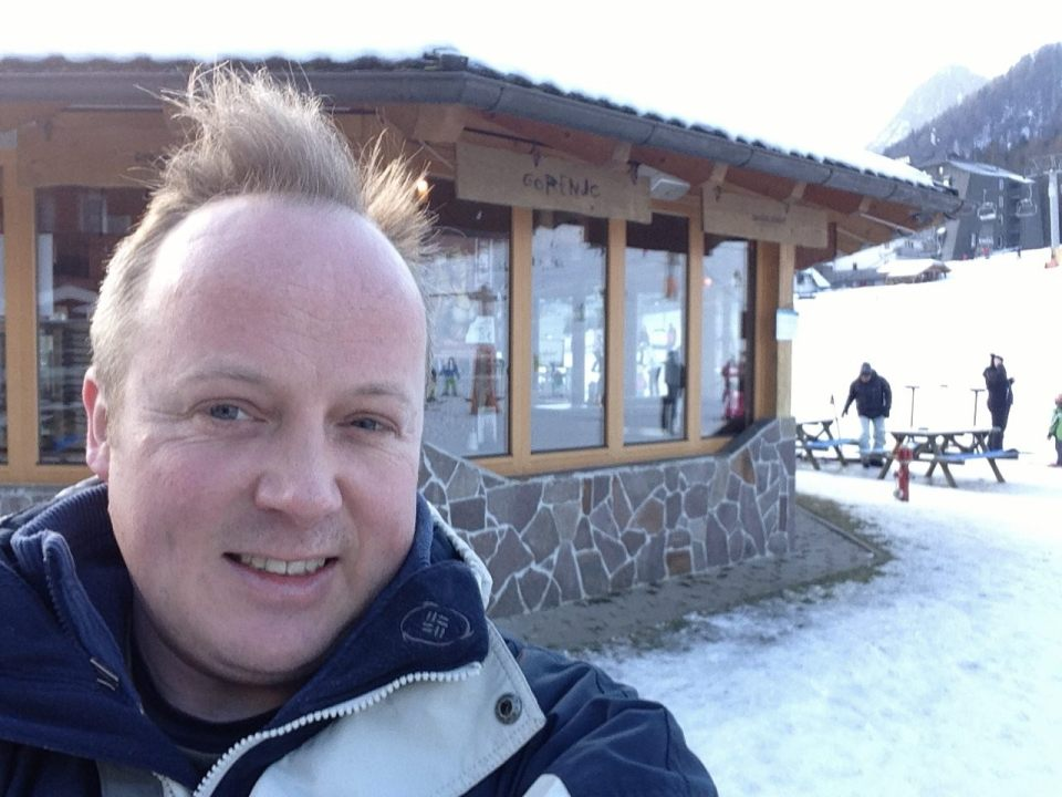 Skiing appears to make my hair stick up even more than usual